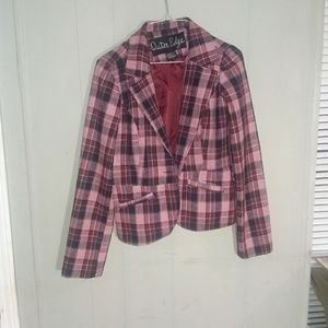 Outer Edge pink flannel blazer